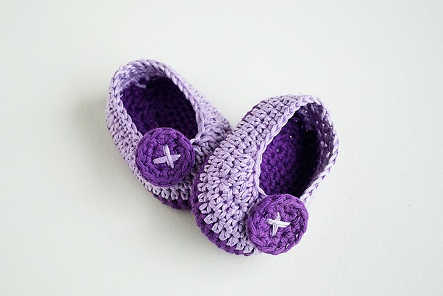 Crochet Baby Booties - Violet Butterfly by Croby Patterns