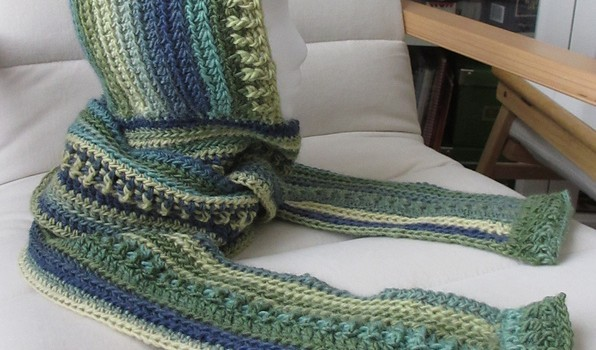 Free Pattern This Mother Hood Scarf Is Fabulous Knit And Crochet