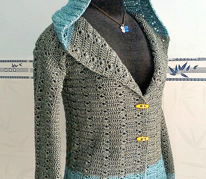 Free Knitting Patterns Womens Hoodie : [Free Pattern] This Hoodie Is The Perfect Way To Get The ...
