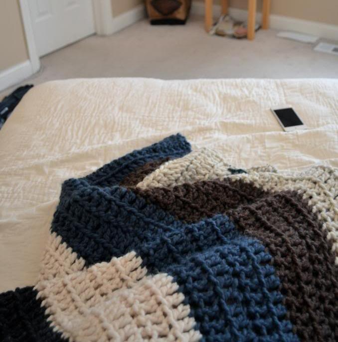 Free Pattern This Chunky Crochet Blanket Only Takes A ...