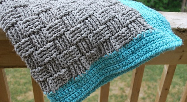 Free Pattern] Super Easy Basketweave Baby Blanket - Knit And Crochet ...