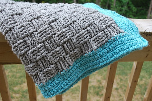 [Free Pattern] Super Easy Basketweave Baby Blanket
