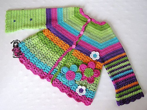 [Free Pattern] This Flower Cardigan Will Never Go Out Of Style