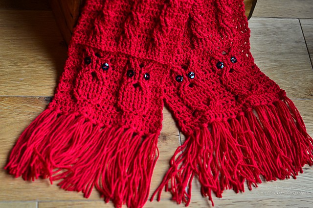 Owl Cabled Scarf by Aimee Cunningham