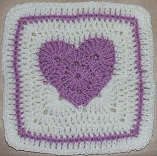 [Free Pattern] This Cute Square Will Make Your Heart Pound Every Second Of The Day