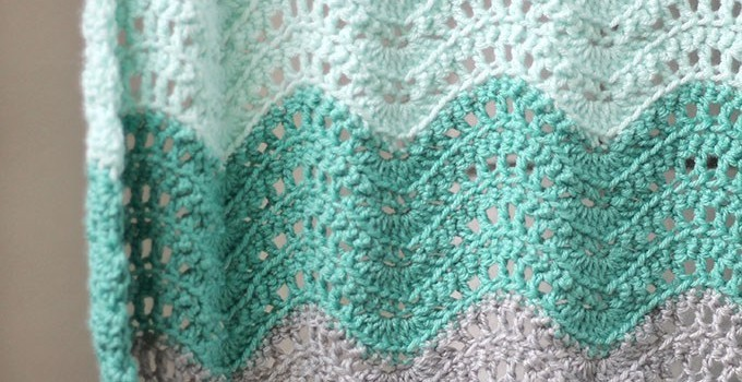 Free Pattern Adorable Feather And Fan Baby Blanket Knit And
