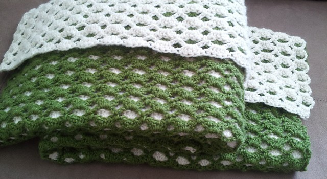 Free Pattern This Two Sided Baby Afghan Will Impress Any New Mama