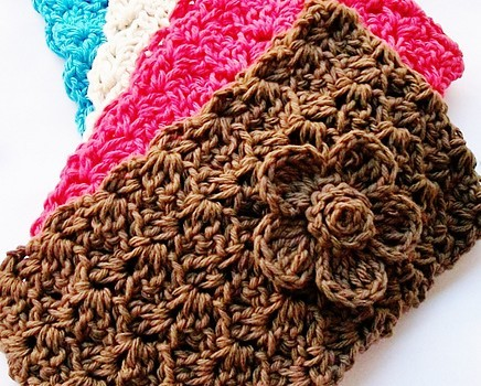 Free Pattern One Of The Cutest Easiest Crochet Headbands You Ll