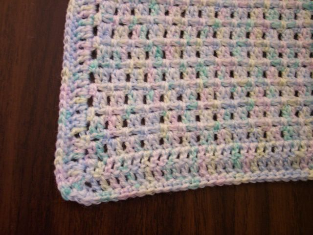 Easy Baby Blanket by Lisa Collins