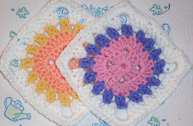 [Free Pattern] It's So Easy! This Lovely Granny Square Is A Simple And Fun Crochet Project