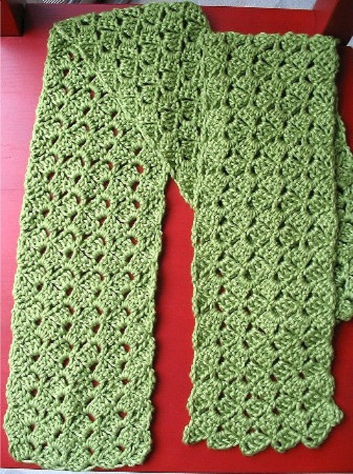 Free Pattern This Pretty And Delicate Looking Scarf Works Quickly