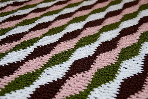 This Wavy Blanket Is An Awesome Stash-Buster!