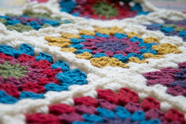 [Photo Tutorial] Totally Easy Circle Centred Crochet Granny Square (Perfect For Beginners)