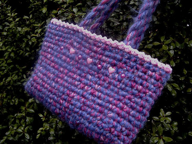 easy peasy crochet bag by sharon maher