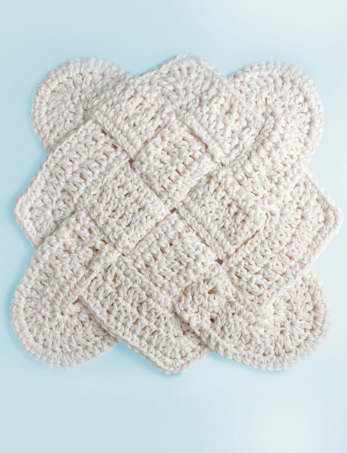 [Free Pattern] This Beautiful Crochet Dishcloth Will Bring The Magic Of Nautical Knots In Your Kitchen