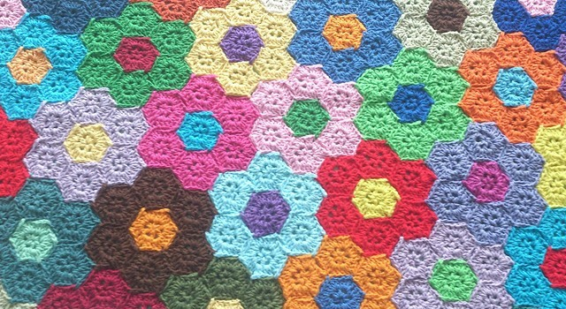 Photo Tutorial Wonderful Hexagons Flower Blanket To Decorate Your