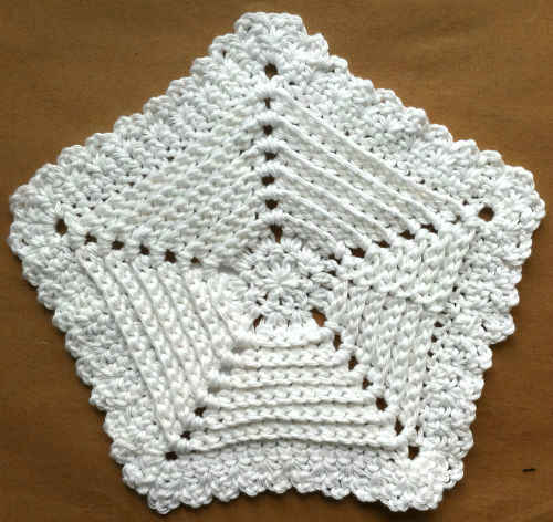 [Free Pattern] Easy And Gorgeous Reversible Five Sided Dishcloth