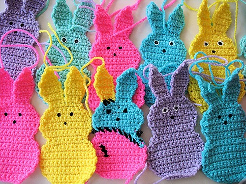 [Free Pattern] Cute & Colourful Crochet Marshmallow Bunnies