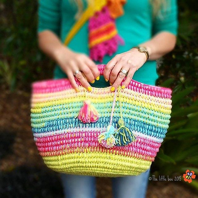 [Free Pattern] Stunning And Multifunctional Crochet Basket With Handles