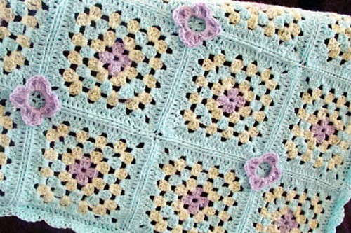 [Free Pattern] The Perfect Lightweight Crochet Afghan For Spring