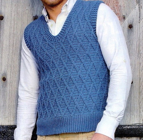 [Free Pattern] Awesome Trellis Tank Every Guy Needs