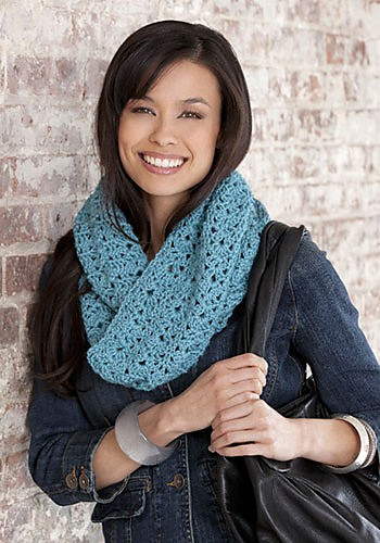 [Free Pattern] Simple, Fabulous And Quick, Bellflower Infinity Scarf Is Absolutely Brilliant!
