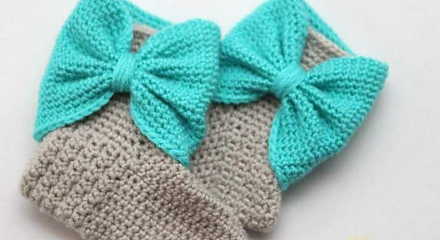 Free Pattern These Are The Cutest Bow Cuff Slipper Boots Ever