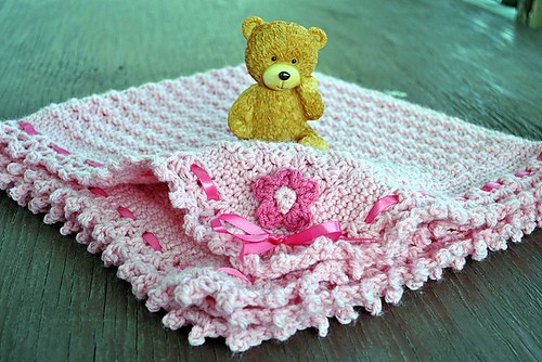 [Free Pattern] Super Simple, Super Quick And Super Beautiful- This Baby Banklet Is Amazing!