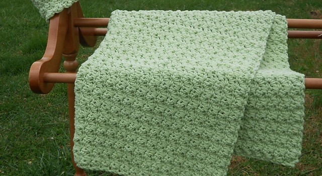 Free Crochet Baby Blanket Pattern Bulky Yarn : [Paid Pattern] This Is The Easiest Baby Blanket In The ...