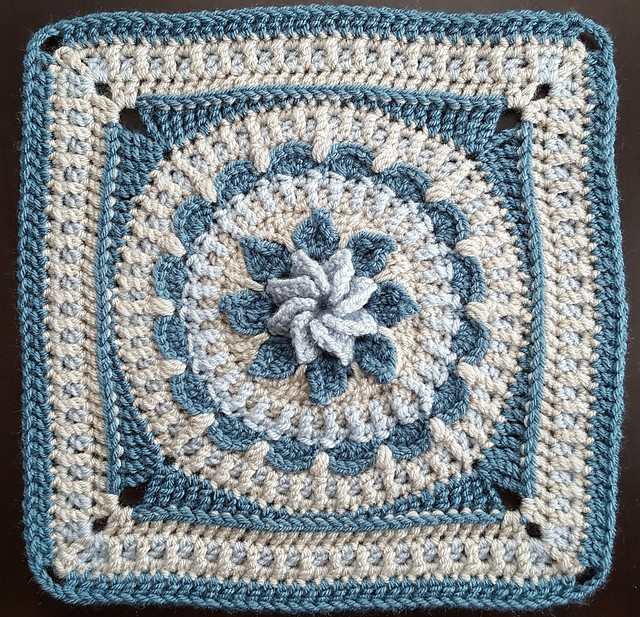 [Free Pattern] This Crochet Flower Square Is Definitely The Type Of Pattern You'll Enjoy!