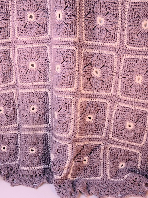 [Free Pattern] This Fascinating Pinwheels Afghan Will Make You Happy Just Looking At It