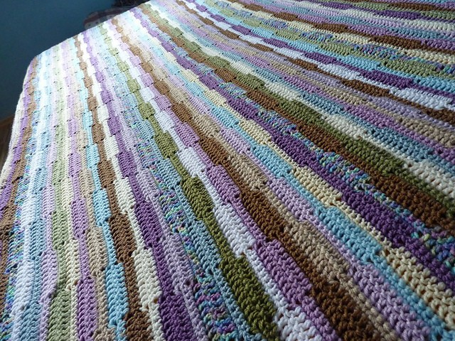 [Free Pattern] This Gorgeous Crochet Ribbon Afghan Looks Like A Beautiful Piece Quilt