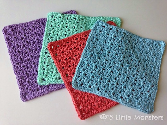 [Free Pattern] This Blossom Stitch Washcloth Is A Perfect Mother's Day Gift