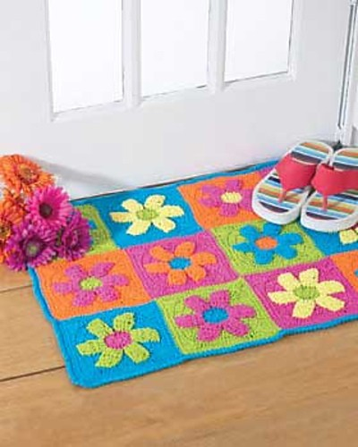 [Free Pattern] Funky And Extremely Adorable Crochet Flower Power Rug