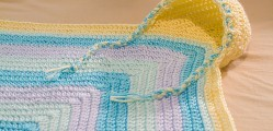 [Free Pattern] Cutest Hooded Baby Blanket Ever!