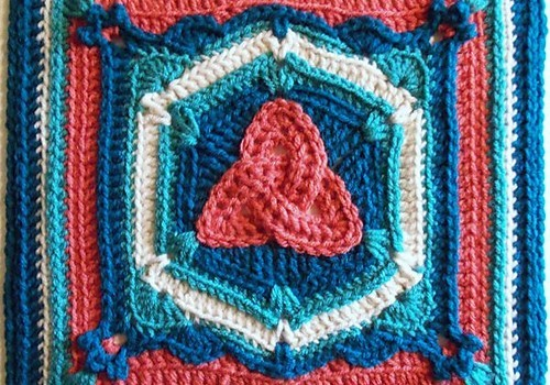 Fabulous Crochet Square With A Magical Design Knit And