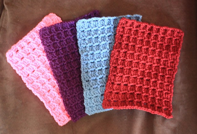 [Free Pattern] Fast And Easy Textured Square