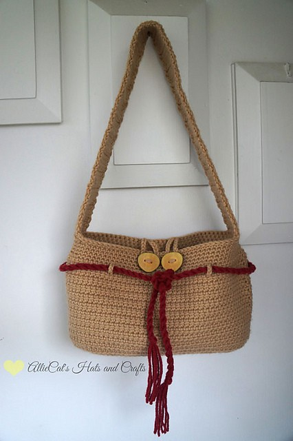 [Free Pattern] The Perfect Everyday Crochet Handbag