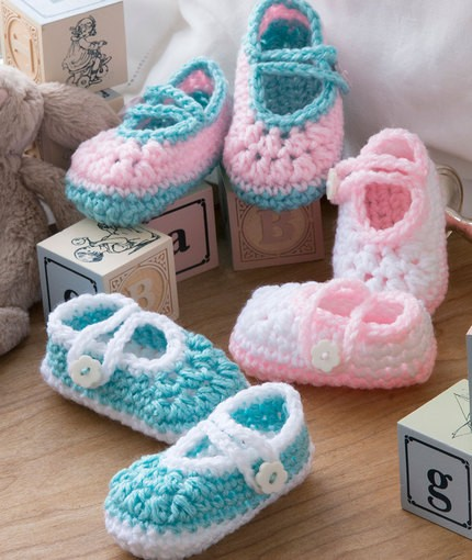 [Free Pattern] Super Easy & Quick Crochet Baby Booties That'll Make Any Baby Sooo Happy
