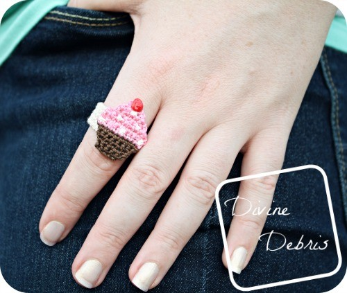[Free Pattern] Sweet Crochet Cupcake Ring Every Dessert Lover Should Own