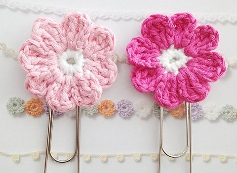 Free Pattern Cute Flower Bookmark That Will Make Your Day Better