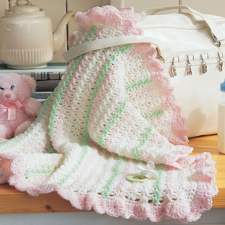 [Free Pattern] Incredibly Quick And Easy Stunning Crochet Stroller Blanket
