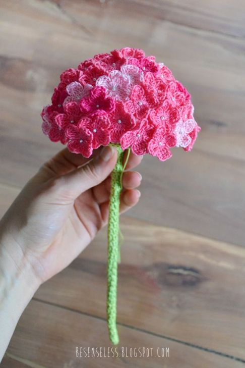Free Pattern] Everything About This Crochet Hydrangea Flower Is ...