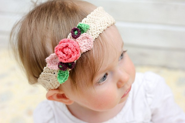 [Free Pattern] Pretty Stretchy And So Lovely Crochet Flower Headband (Any Size)