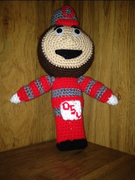 [Free Pattern] You Might Find Yourself Falling Totally In Love With This Brutus The Buckeye