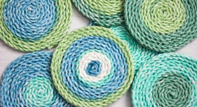Knitted Coasters Free Patterns : [Free Pattern] Simple And Beautiful, These Crochet Coasters Are Great For Qui...