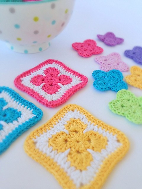 [Free Pattern] Quick And Easy Little Flower Afghan Block Pattern