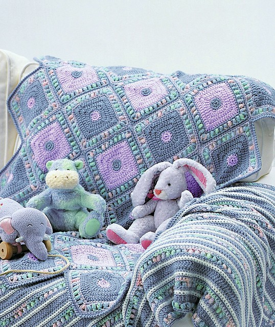 [Free Pattern] Really Easy And Unique Harlequin Blanket