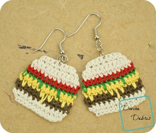 [Free Pattern] Just For Fun: Yummy-Looking Crochet Burger Earrings