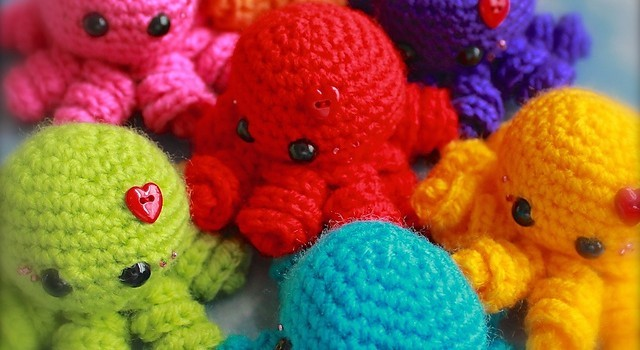 Amigurumi Easy Patterns Free : Free pattern these fun and easy mini amigurumi octopus guys will